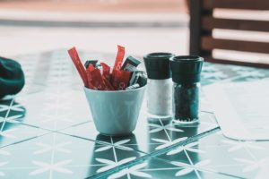 Read more about the article The Potential Risks of Artificial Sweeteners